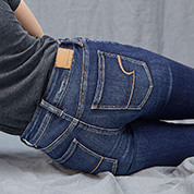 NEW NE(X)T LEVEL JEANS. MORE COMFORT. MORE YOU