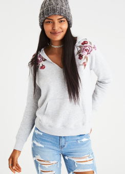 [Women] Embroidered notch neck hoodie