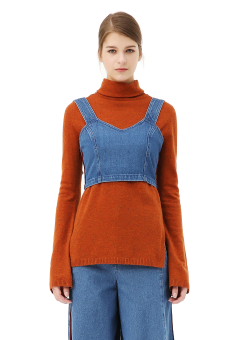 Wide sleeve turtle neck knit top