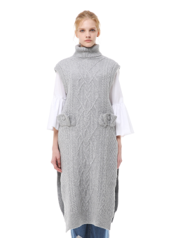 Turtleneck sleeveless cable knit dress