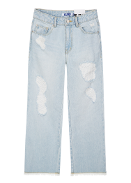 Destroyed wide cut-off jean