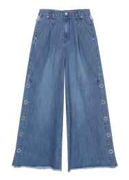 Side button wide jeans