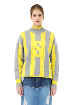 Sjyp turtleneck cable knit pullover