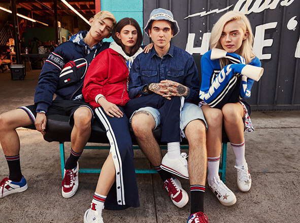 TOMMY JEANS<br> SPORT MEETS STREET