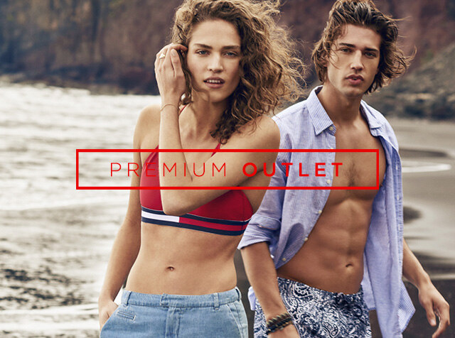 TOMMY HILFIGER<br> SHIRTS & T-SHIRTS / UP TO 70% OFF