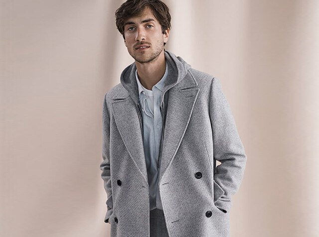 CLUB MONACO<br>the Last Layer