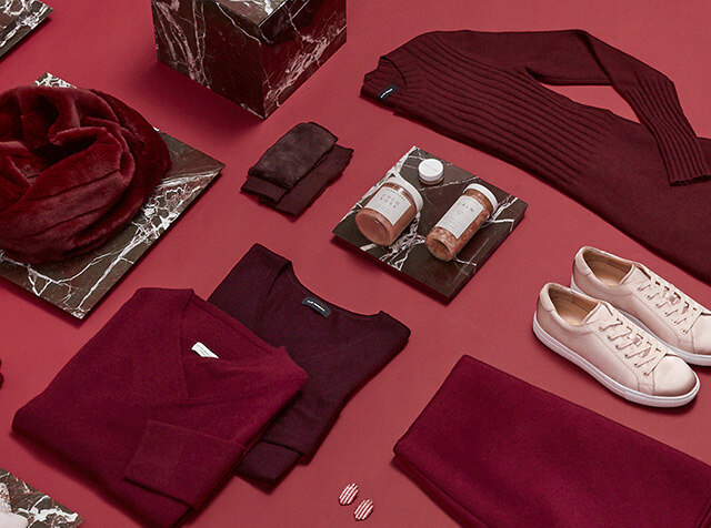 CLUB MONACO<br>The Holiday Edit