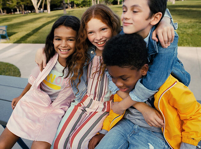TOMMY HILFIGER KIDS<br> 19 SS SEASON OFF<br> UP TO 50% OFF + COUPON