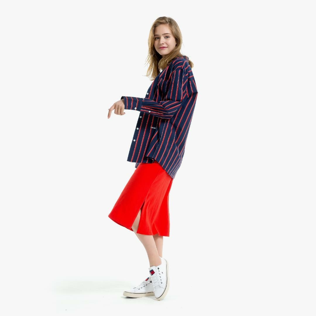 타미진스(TOMMY JEANS) [여성] 코튼 스트라이프 긴소매 셔츠 T31J6WSH034WT1 R57