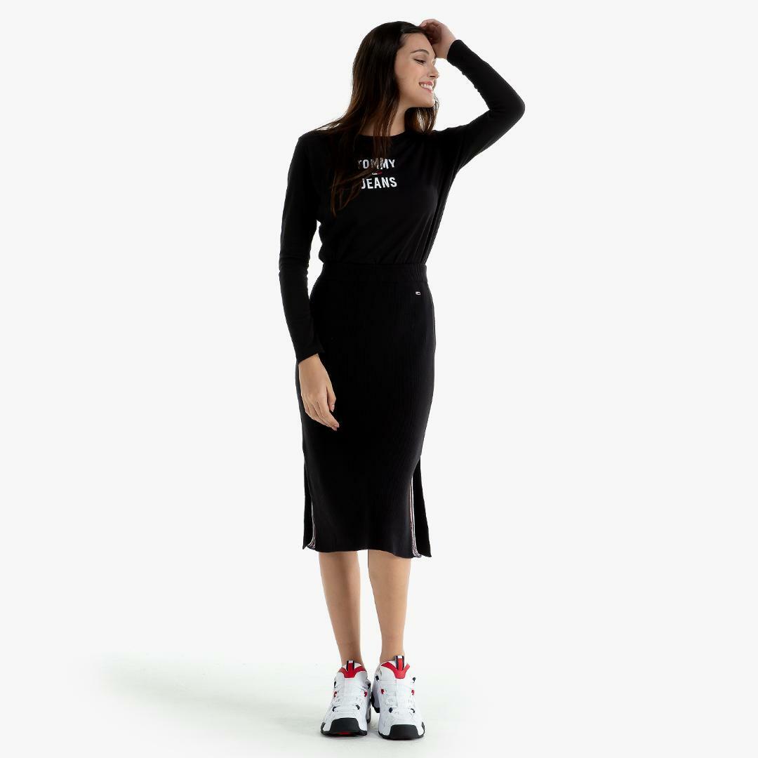 타미진스(TOMMY JEANS) [여성] 코튼 로고 긴소매 티셔츠 T31J7TTO024WT2 BBU