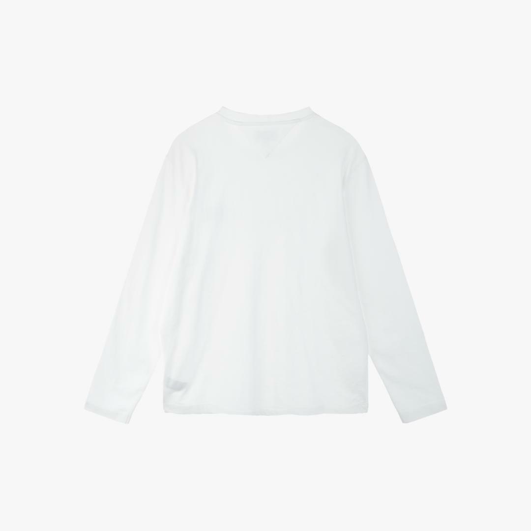 타미진스(TOMMY JEANS) [공용] 코튼 뱃지 로고 긴소매 티셔츠 T31J7TTO042MT6 YA2