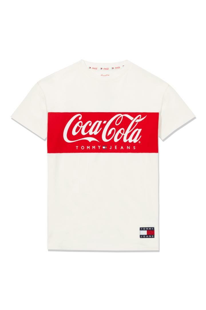 타미 진(TOMMY JEANS) [남성] 코튼 코카콜라 로고 반소매 티셔츠 TJMT1KOE77A0 N10