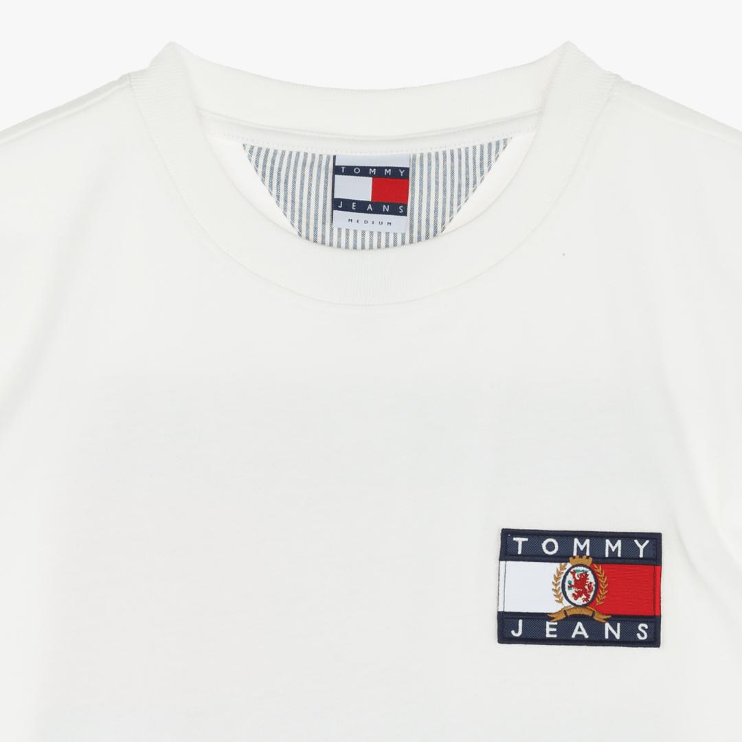 타미진스(TOMMY JEANS) [Crest Capsule] [남성] 코튼 크레스트 플래그 반소매 티셔츠 TJMT1KOE90A0 W10