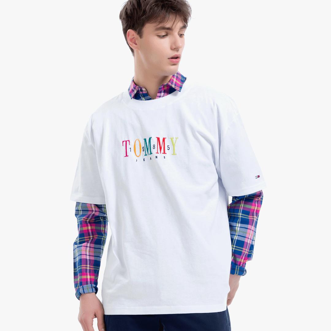 타미진스(TOMMY JEANS) [공용] 코튼 오버사이즈핏 로고 티셔츠 TJMT2KOE51U0 N00