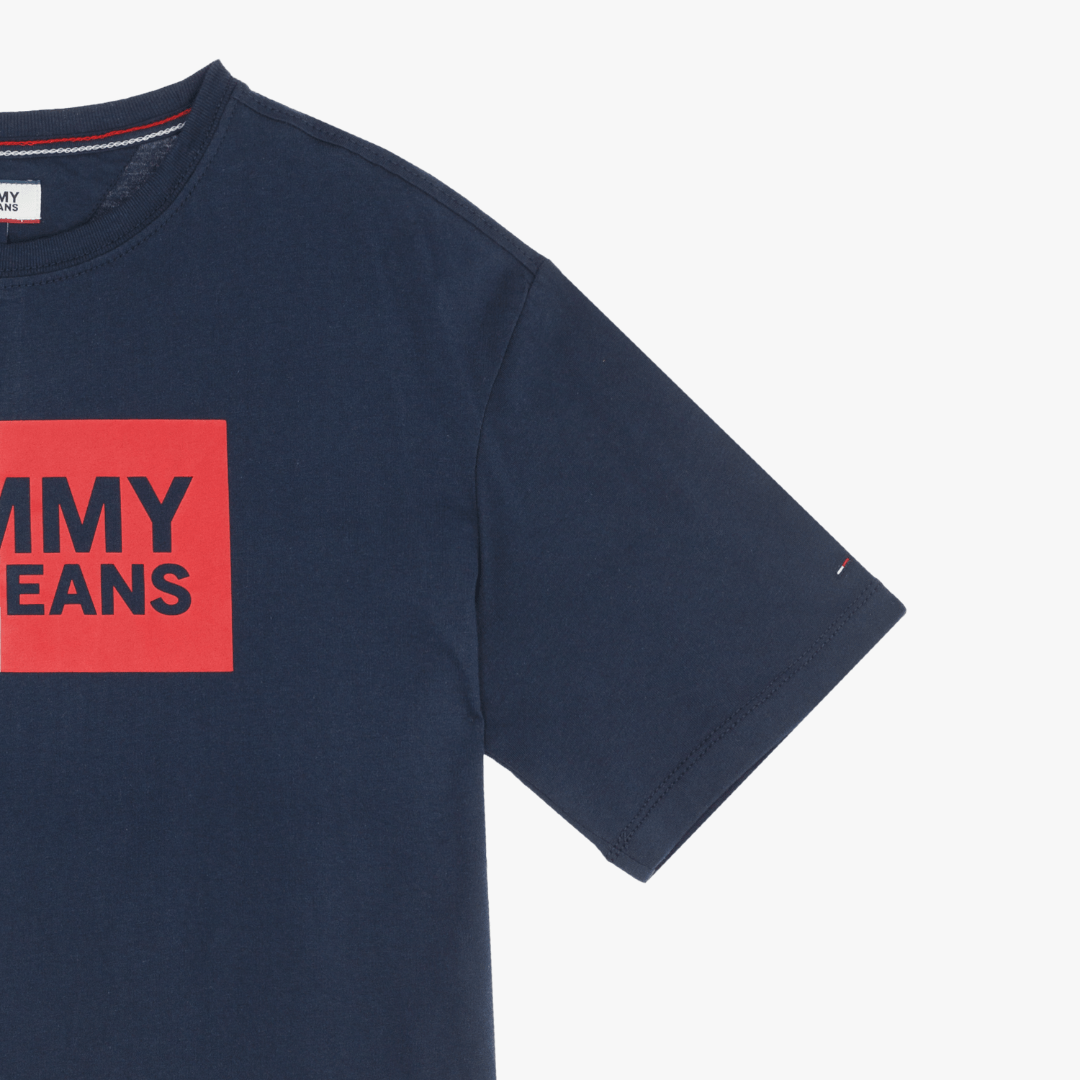 타미 진(TOMMY JEANS) [여성] 코튼 로고 반소매 티셔츠 TUMT1KOE25D0 B70