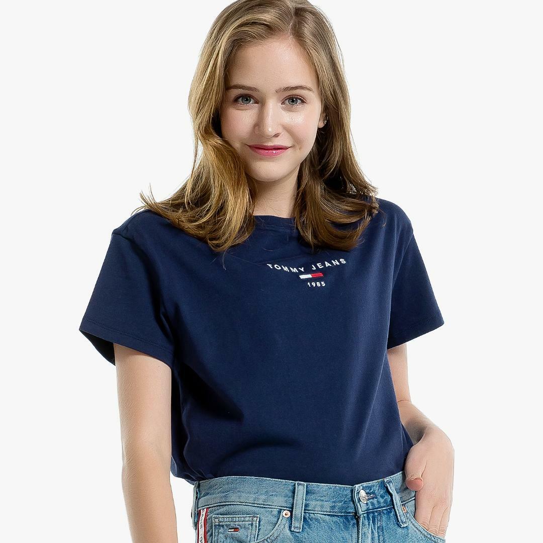 타미진스(TOMMY JEANS) [여성] 코튼 베이직 로고자수 반소매 티셔츠-MARFABLUE TUMT1KOE26D0 B70
